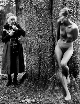Imogen y Twinka en Yosemite (1974). Judy Dater.